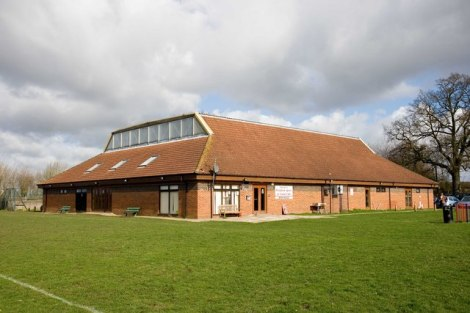 Die Lincoln Village Hall in Hingham.   © Copyright Charles Greenhough and licensed for reuse under this Creative Commons Licence.