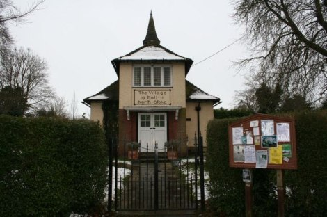 North Stoke Village Hall.   © Copyright Bill Nicholls and licensed for reuse under this Creative Commons Licence.