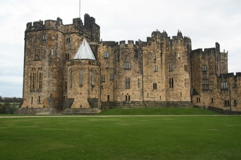 Alnwick Castle in Northumberland.   © Copyright Richard Croft and licensed for reuse under this Creative Commons Licence.
