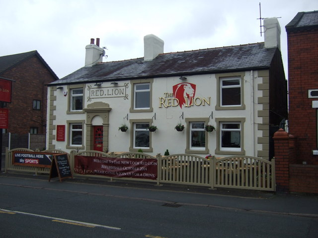 Die 3. Station: The Red Lion in Mawdesley (Lancashire).  © Copyright JThomas and licensed for reuse under this Creative Commons Licence.