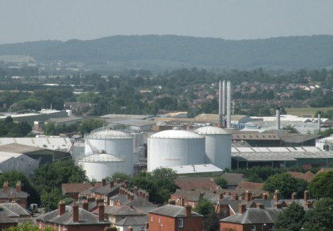 Blick auf die Fabrikanlagen der Firma Bulmers in Hereford.   © Copyright Keith Edkins and licensed for reuse under this Creative Commons Licence.