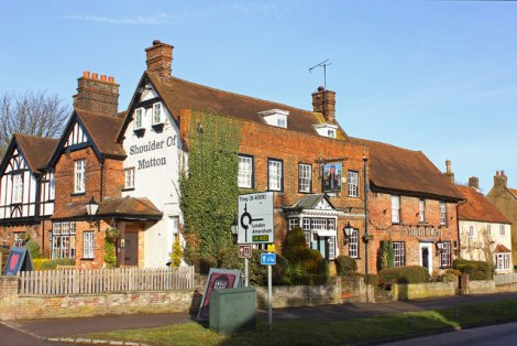 The Shoulder of Mutton in Wendover (Buckinghamshire).    © Copyright Wayland Smith and licensed for reuse under this Creative Commons Licence.