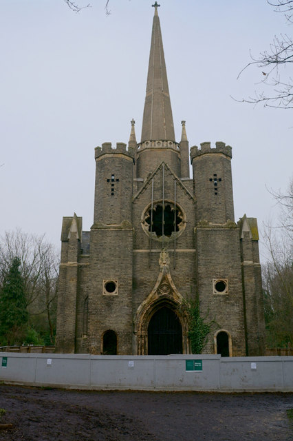 Abney Park Chapel.   © Copyright Ian S and licensed for reuse under this Creative Commons Licence.