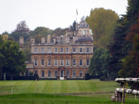 Badminton House.   © Copyright Vieve Forward and licensed for reuse under this Creative Commons Licence.
