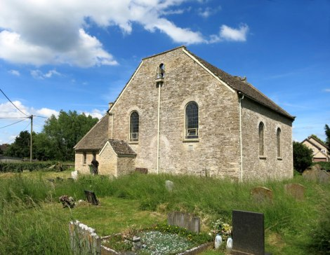 Die Cote Baptist Church bei Bampton in Oxfordshire.   © Copyright Des Blenkinsopp and licensed for reuse under this Creative Commons Licence.