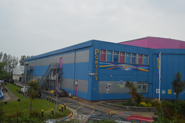 Die Pontins in Camber Sands.   © Copyright N Chadwick and   licensed for reuse under this Creative Commons Licence.