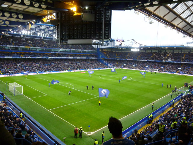 "Das heimstadion vom Chelsea Football Club Stamford Bridge, in dem der ""Chelsea Dagger"" gesungen wird.   © Copyright PAUL FARMER and   licensed for reuse under this Creative Commons Licence."
