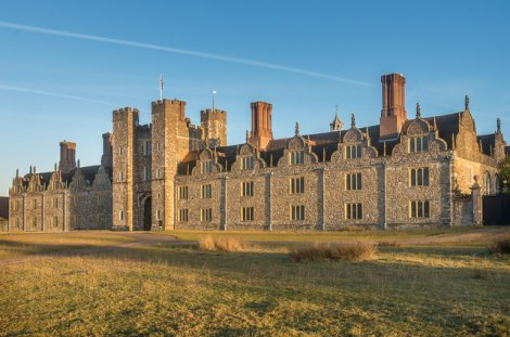 Knole House bei Sevenoaks in Kent.   © Copyright Ian Capper and licensed for reuse under this Creative Commons Licence.