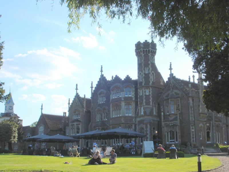 Oakley Court bei Windsor. Eigenes Foto.