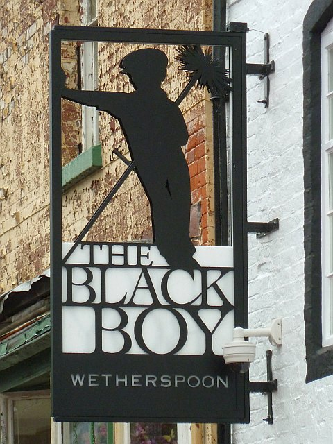 The Black Boy in Newtown (Powys).   © Copyright Penny Mayes and   licensed for reuse under this Creative Commons Licence.