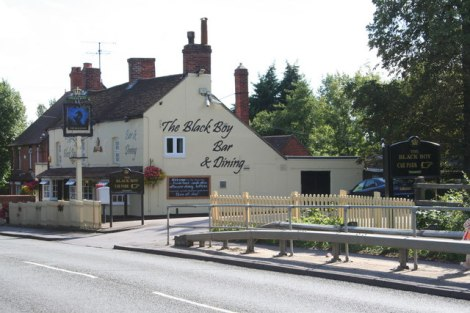 The Black Boy in Shinfield (Berkshire).    © Copyright Rob Wilcox and   licensed for reuse under this Creative Commons Licence.
