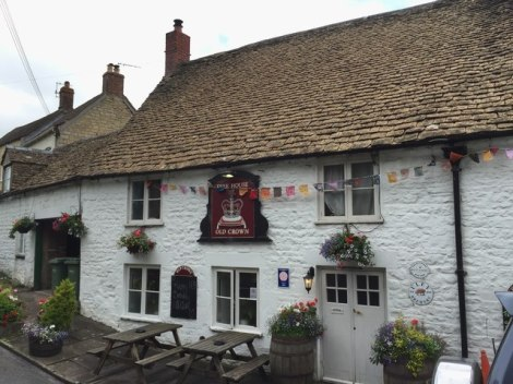 The Old Crown am Village Green.   © Copyright Alan Hughes and licensed for reuse under this Creative Commons Licence.