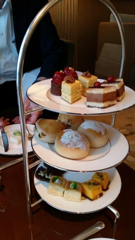 Afternoon Tea im Ritz Carlton Hotel in Wolfsburg. Eigenes Foto.